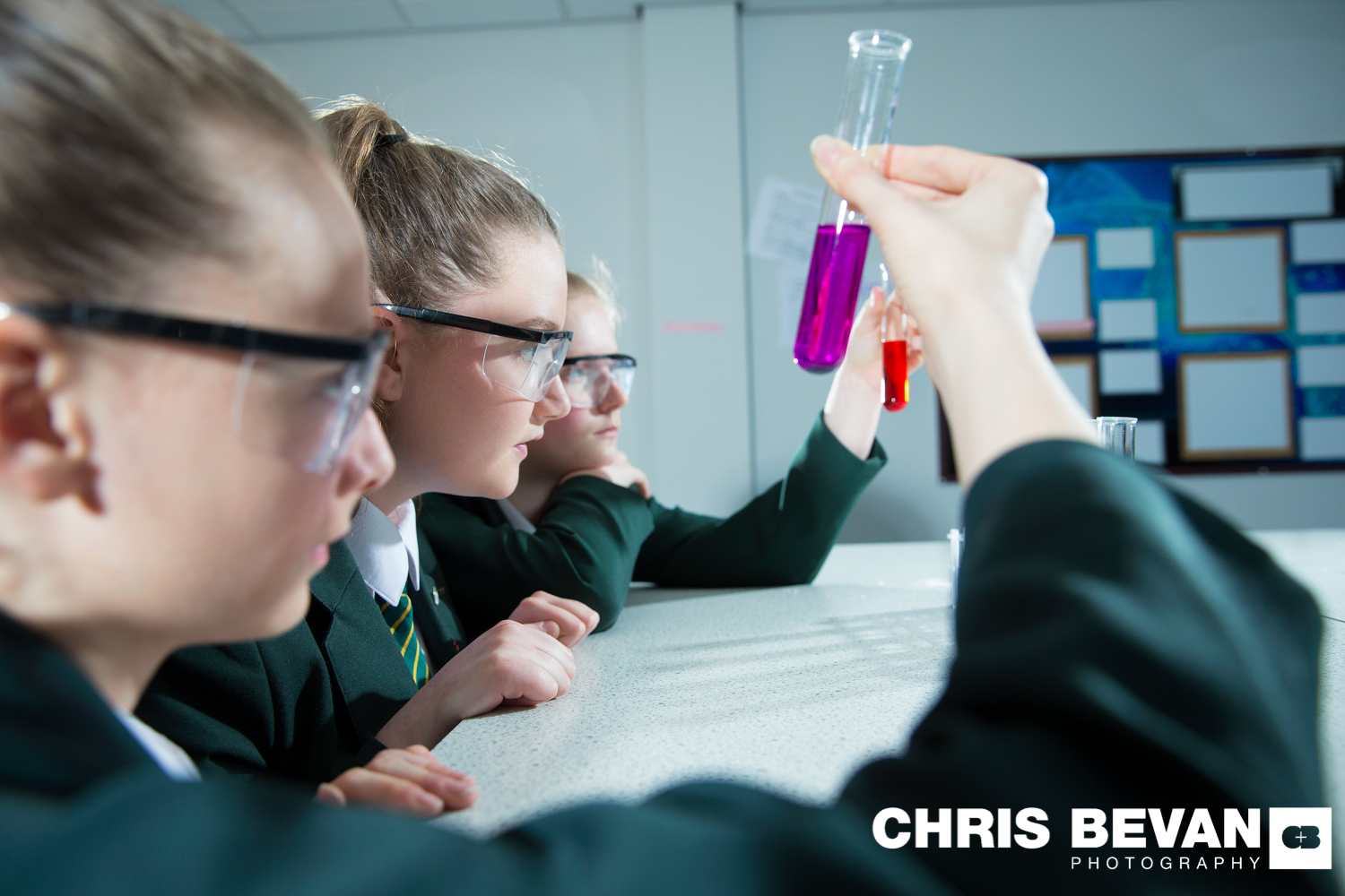 SCHOOL PROSPECTUS IMAGES SCIENCE Copyright Www.chrisbevanphotography.co.uk 4